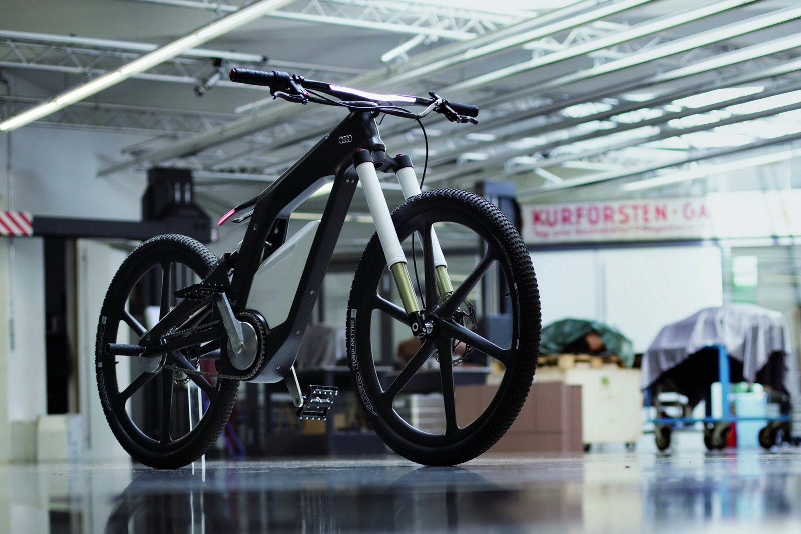 cool stuff the audi e bike prototype tngeek. Black Bedroom Furniture Sets. Home Design Ideas